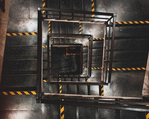 Foto stok gratis dari atas, tangga, tangga spiral