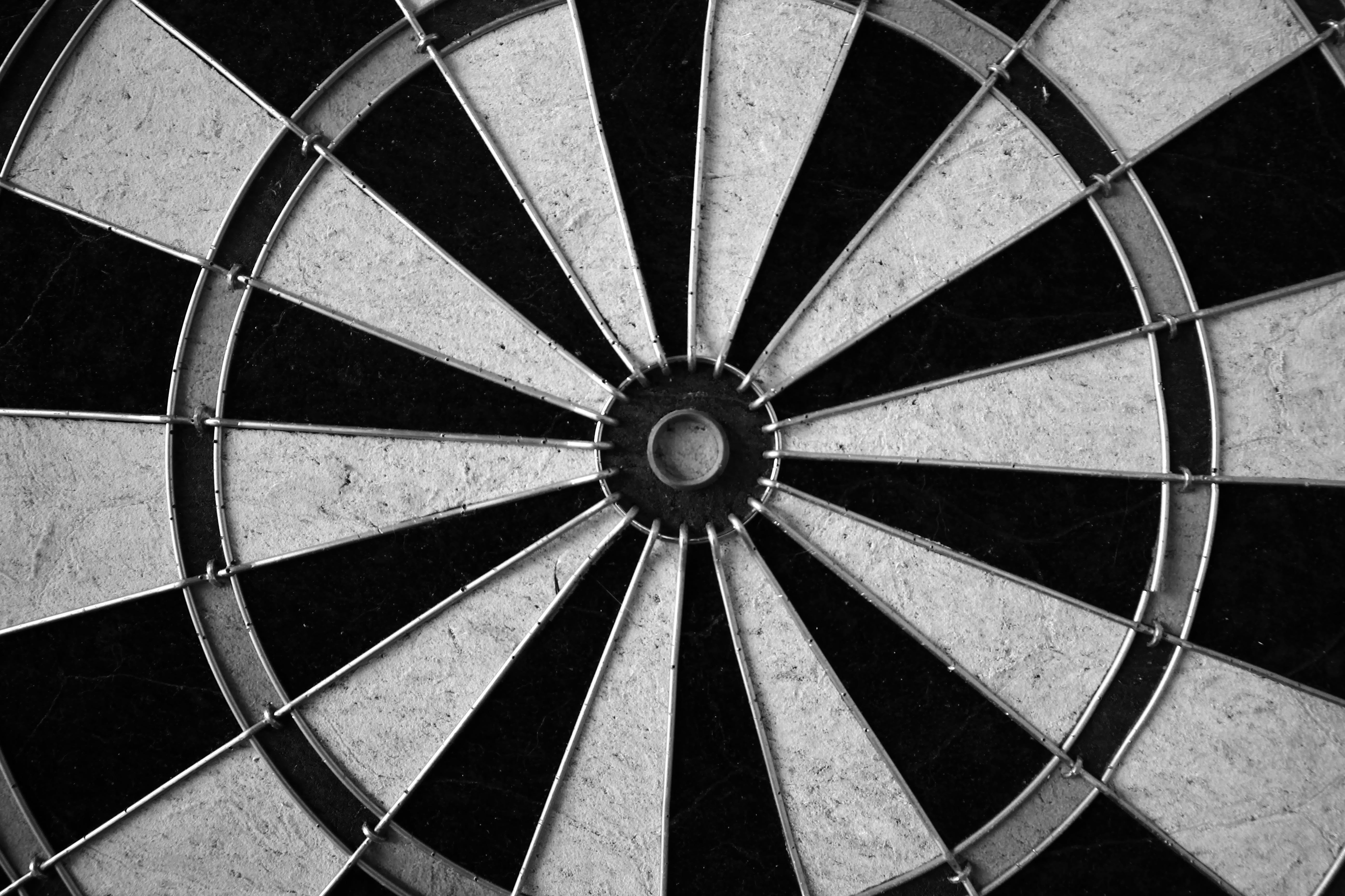 Free stock photo of black-and-white, darts, dartboard