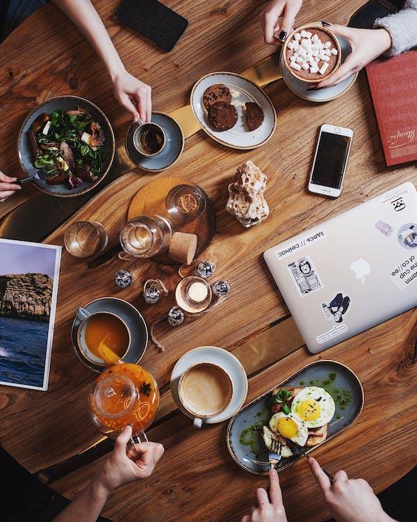 asztal, cappuccino, csendélet