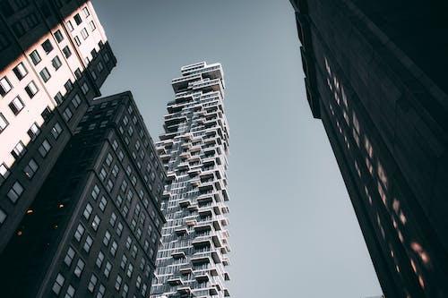 Ilmainen kuvapankkikuva tunnisteilla arkkitehtuuri, kaupunki, kaupunkimaisema, keskusta
