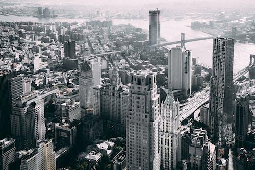 都市の建物の航空写真
