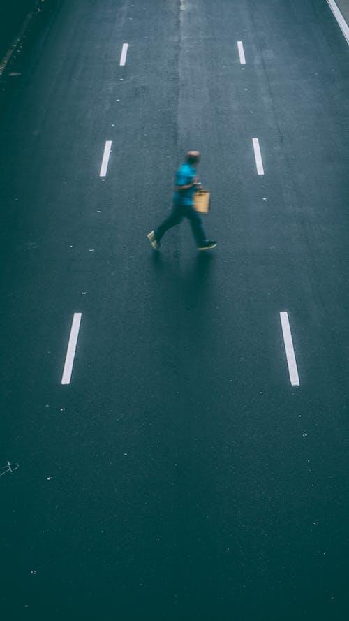人, 成人, 模糊, 步行 的 免费素材照片