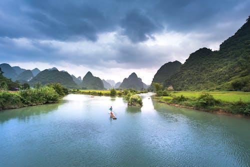 Foto profissional grátis de ao ar livre, cênico, lago, montanha