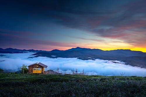 Gratis lagerfoto af aften, bjerg, dagslys
