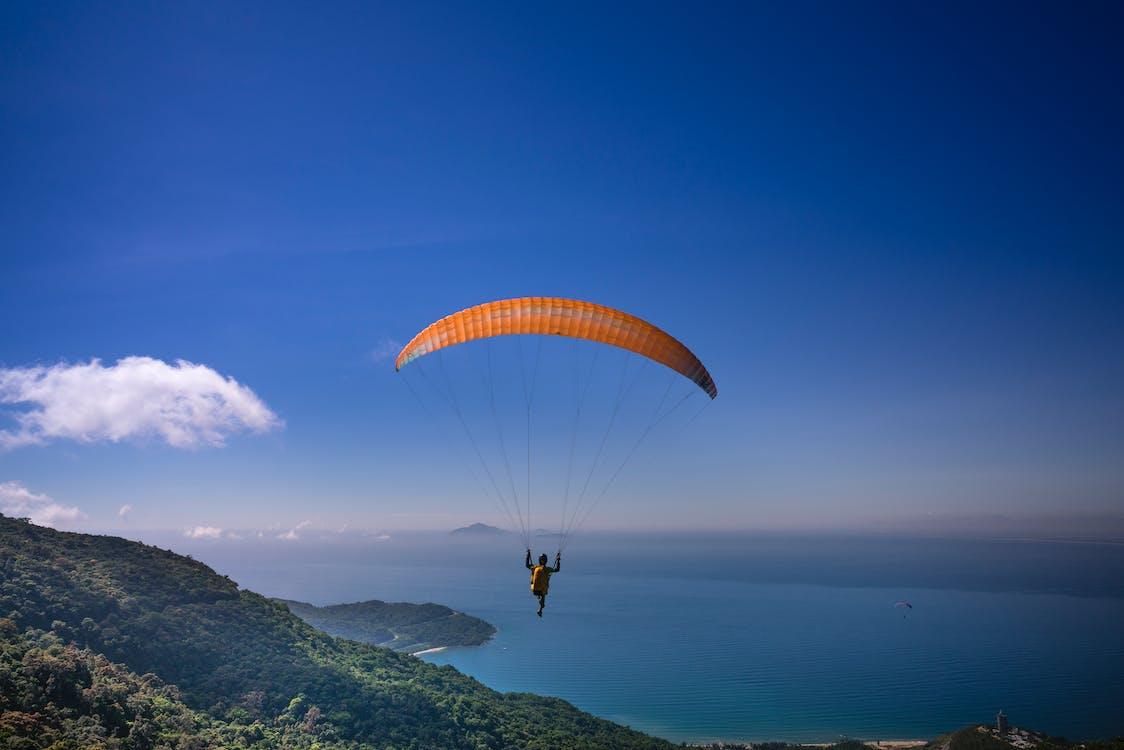 낙하산, 레크리에이션, 모험