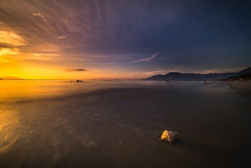 Бесплатное стоковое фото с берег, вода, волны, живописный