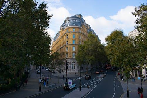 İngiltere, Kent, kent hayatı, kırmızı otobüs içeren Ücretsiz stok fotoğraf