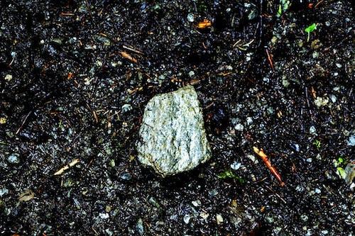 Foto d'estoc gratuïta de brutícia, plata, roca granítica