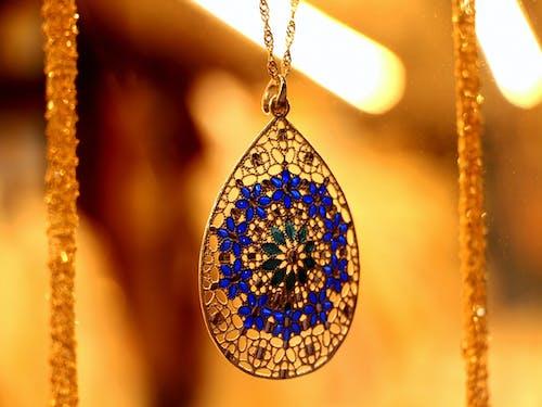 Foto d'estoc gratuïta de blau, daurat, joieria, pedra preciosa