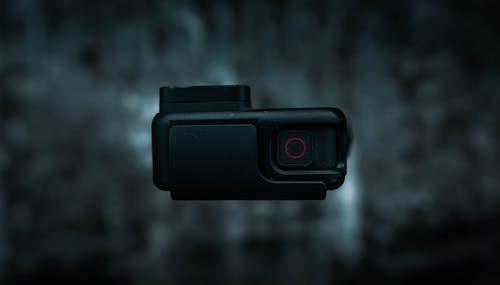 gopro, karanlık içeren Ücretsiz stok fotoğraf