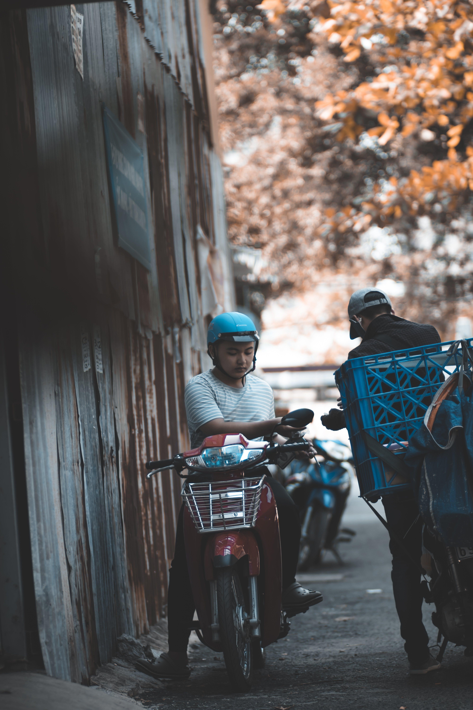 Foto profissional grátis de ação, alternância, bicicleta, calçamento