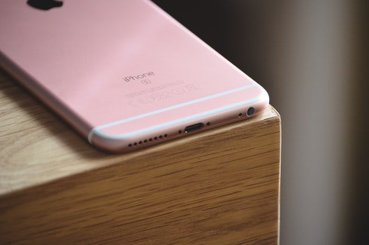 Rose Gold Iphone 6s Brown Wooden Surface