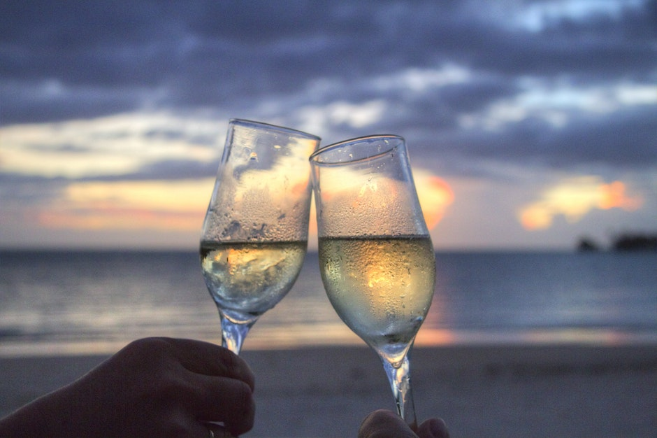 beach, champagne, cheerful