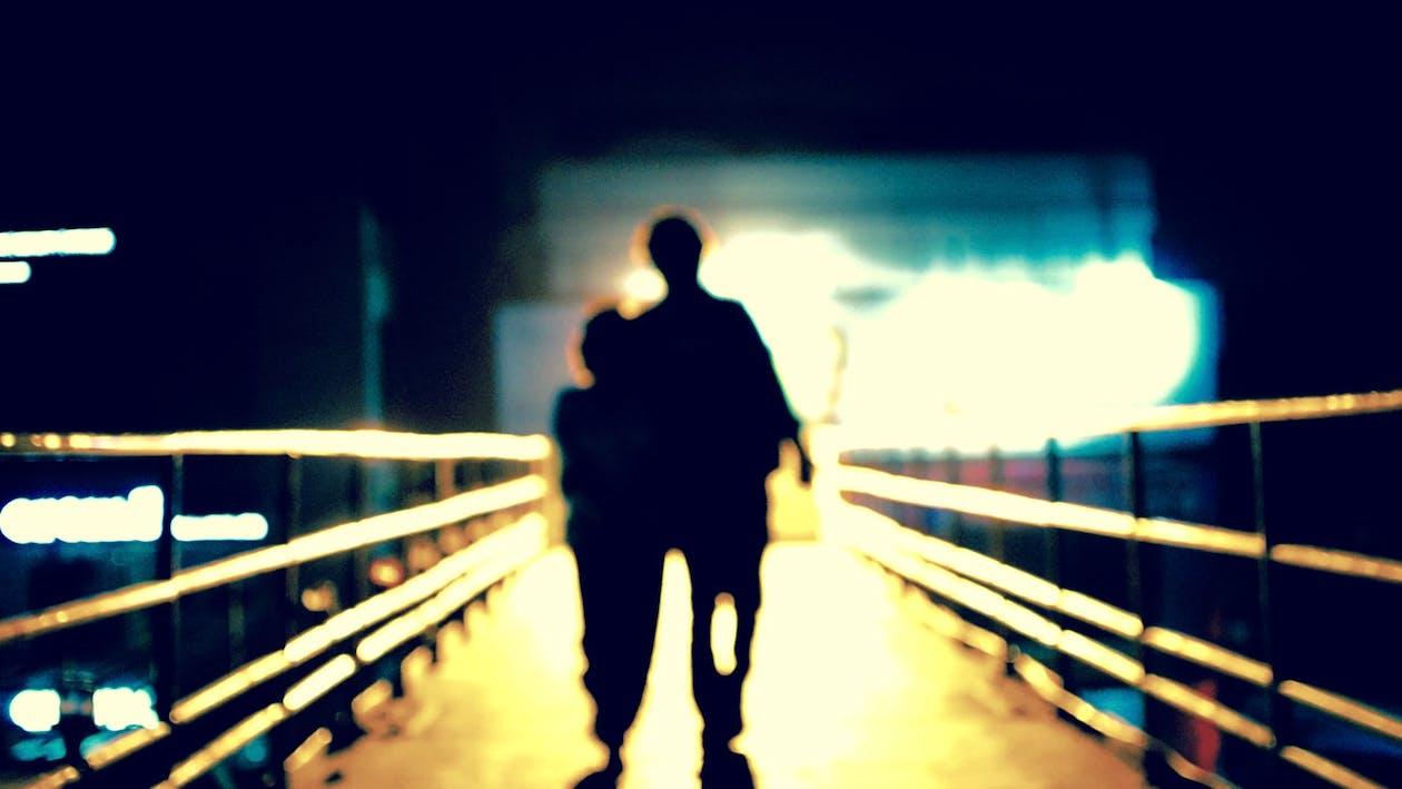 Foto d'estoc gratuïta de amor, llarg caminar, solitari