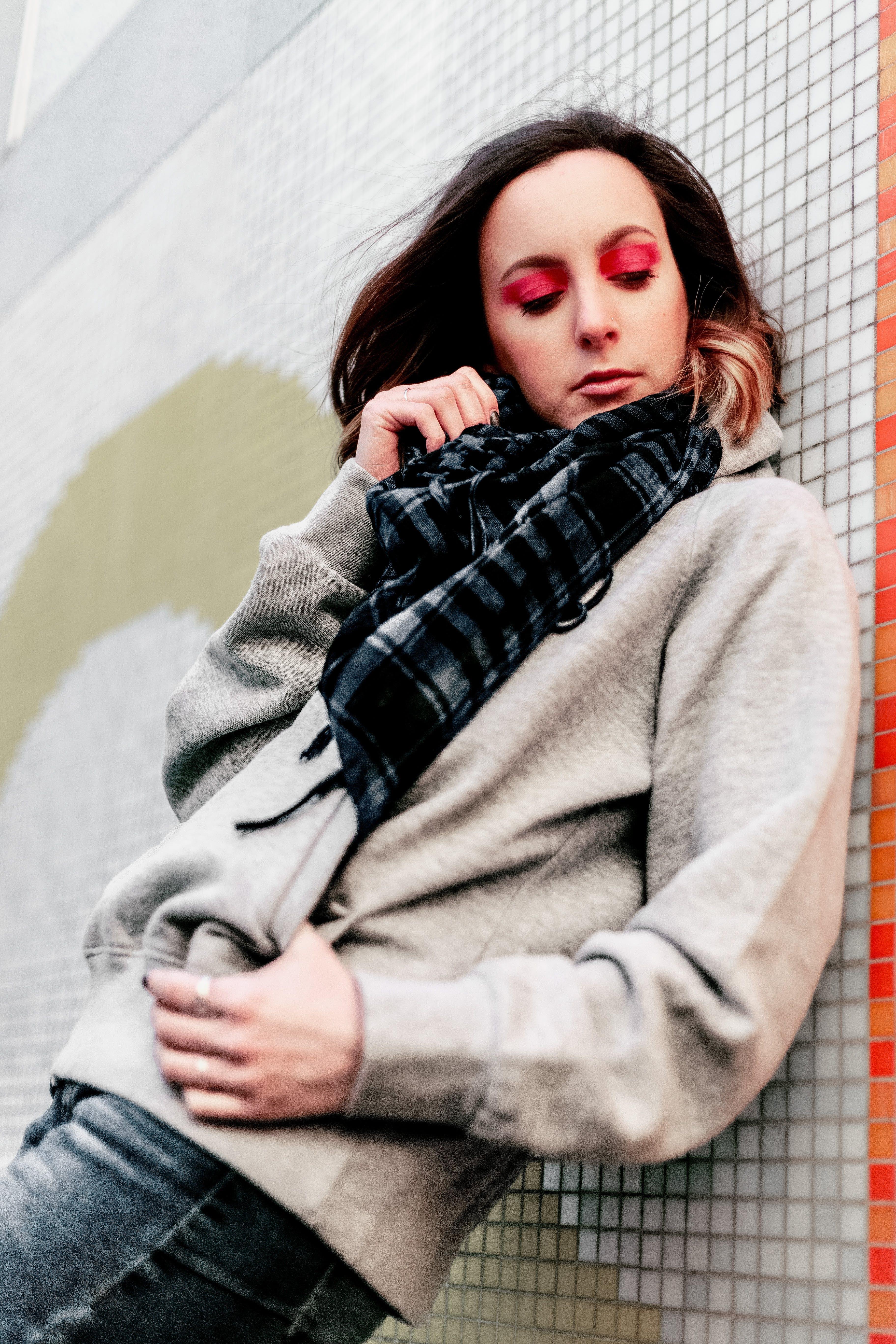 Ảnh lưu trữ miễn phí về áo hoodie, dễ thương, giản dị, hợp thời trang
