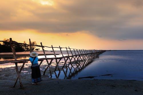 Безкоштовне стокове фото на тему «берег моря, відображення, відпочинок, вечір»