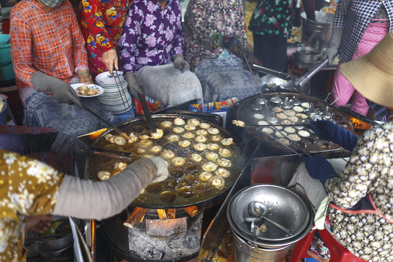 Základová fotografie zdarma na téma budka, festival, jídlo, lidé