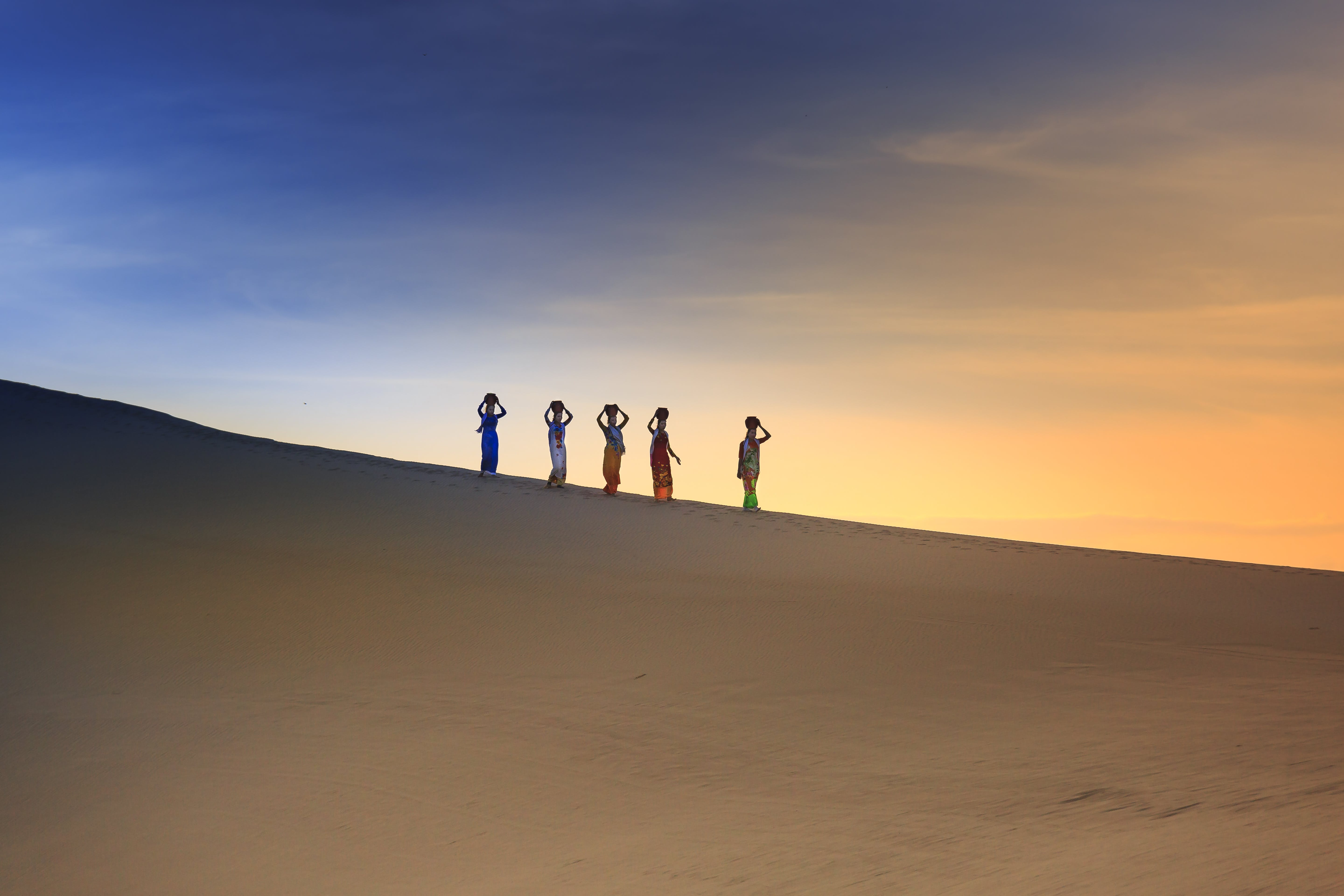 Five People on Desert