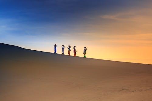 Ilmainen kuvapankkikuva tunnisteilla aamu, aavikko, auringonlasku, dyyni