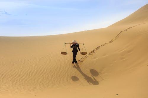 Безкоштовне стокове фото на тему «гарячий, дюна, краєвид, надворі»