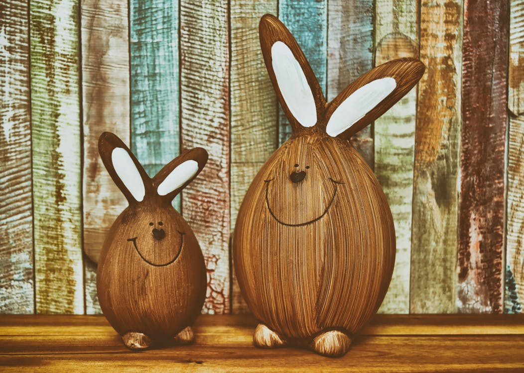 Two Brown Bunnies Table Decor