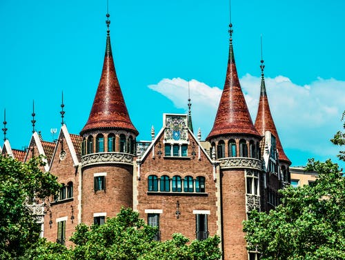 Základová fotografie zdarma na téma hrad, modrá obloha, obloha, starý dům