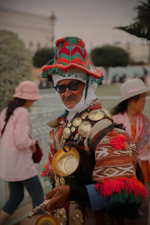 Foto profissional grátis de adulto, celebração, chapéu, comemoração