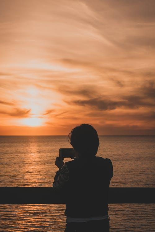 Бесплатное стоковое фото с восход, закат, море, морской пейзаж