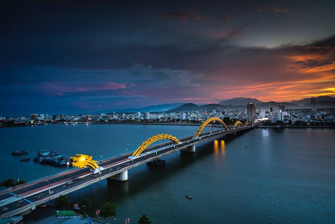 ánh đèn thành phố, bầu trời, biển