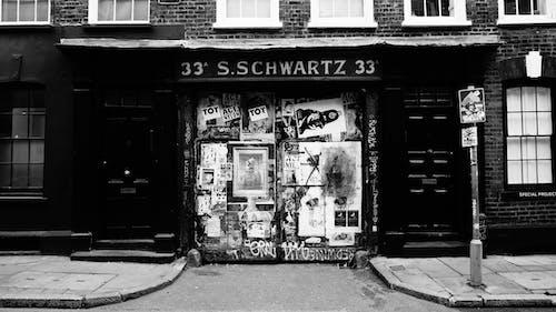 Kostenloses Stock Foto zu 33 s.schwartz 33, architektur, bürgersteig, gebäude