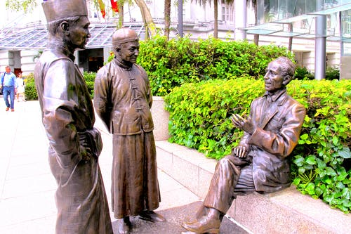 Free stock photo of Three bronze statue having conversation