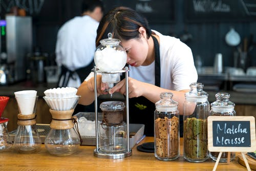 Foto d'estoc gratuïta de ampolles, asiàtica, barista, cafè