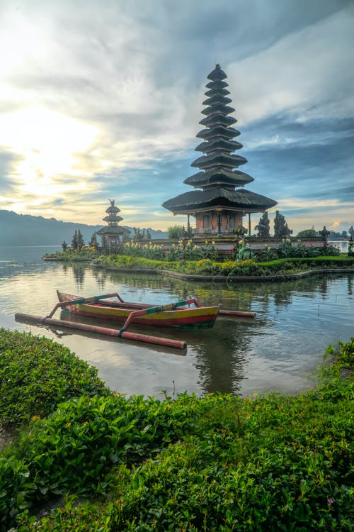 Gratis stockfoto met architectuur, Bali, berg, boot