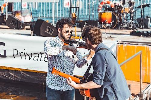 Foto stok gratis acara, alat-alat musik, berbayang, berfokus