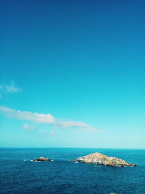Foto stok gratis aqua, batu, bertingkat tinggi, biru