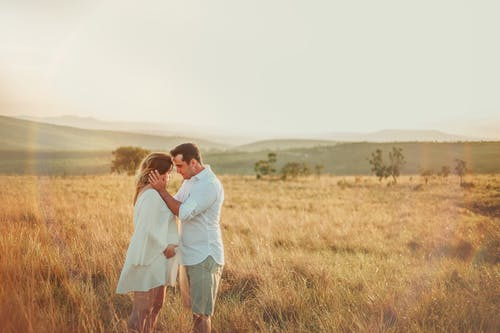 Imagine de stoc gratuită din apus, călătorie, câmp, cuplu