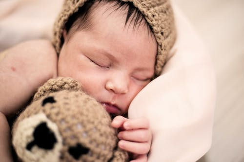 Gratis arkivbilde med ansikt, baby, barn, bedårende