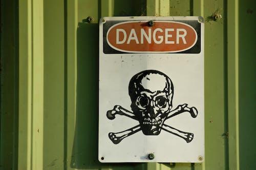 Imagine de stoc gratuită din atenție, avertisment, craniu, crossbones