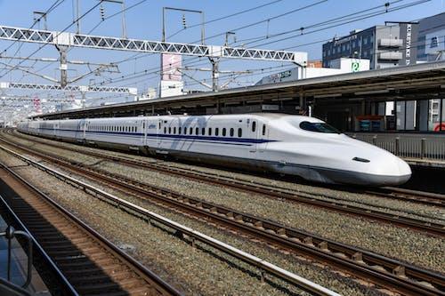 Gratis stockfoto met bullet trein, hoge snelheid, locomotief, metrosysteem