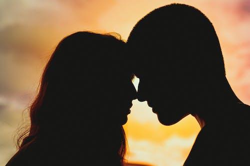 Δωρεάν στοκ φωτογραφιών με αγάπη, άνδρας, απόγευμα, αυγή