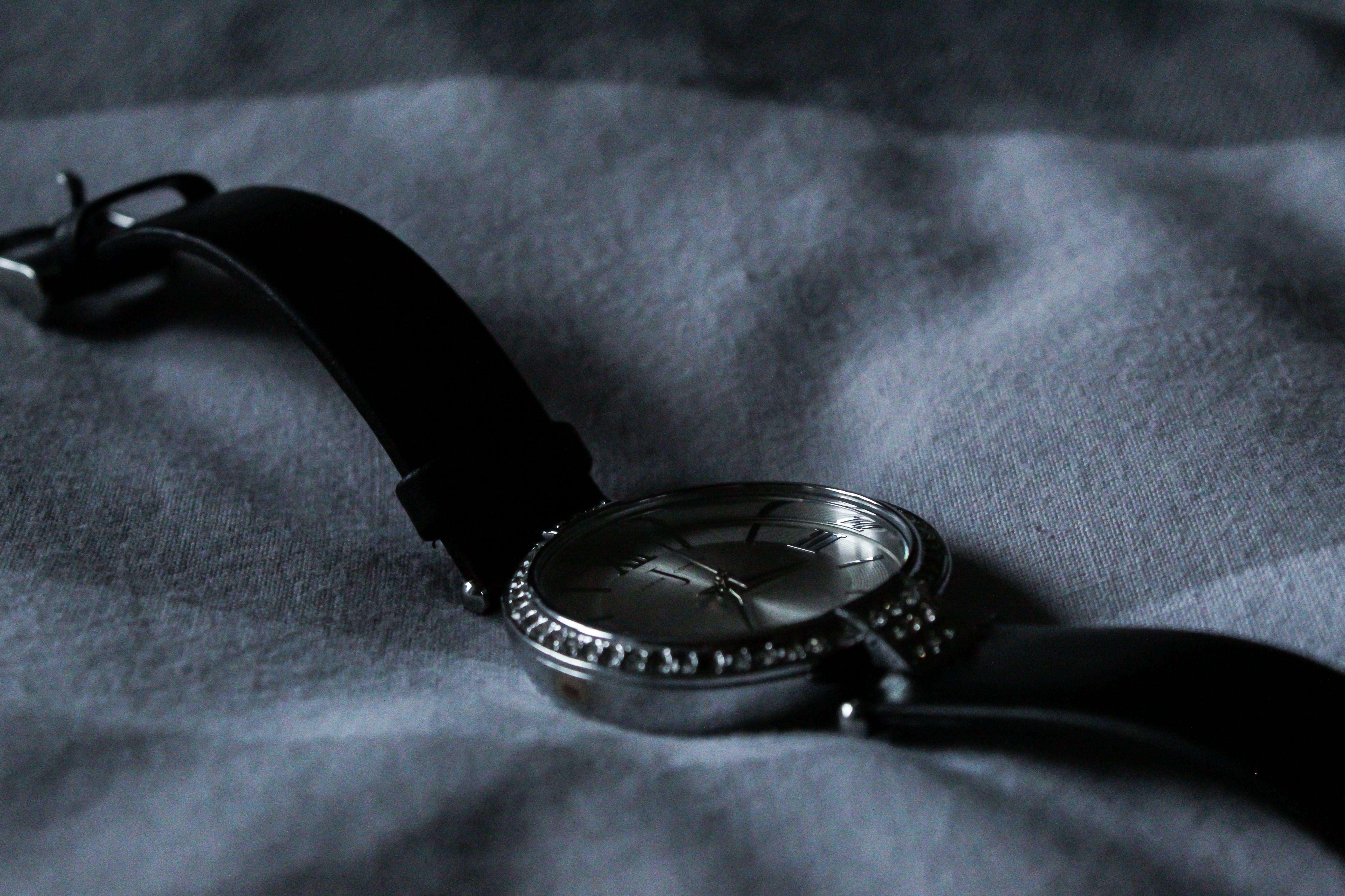 Immagine gratuita di accessorio, guardare, orologio da polso