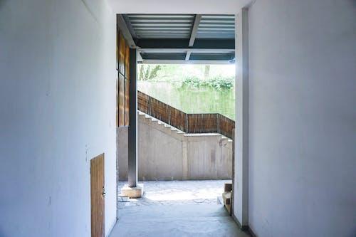 入口, 內部, 城市, 天花板 的 免费素材照片