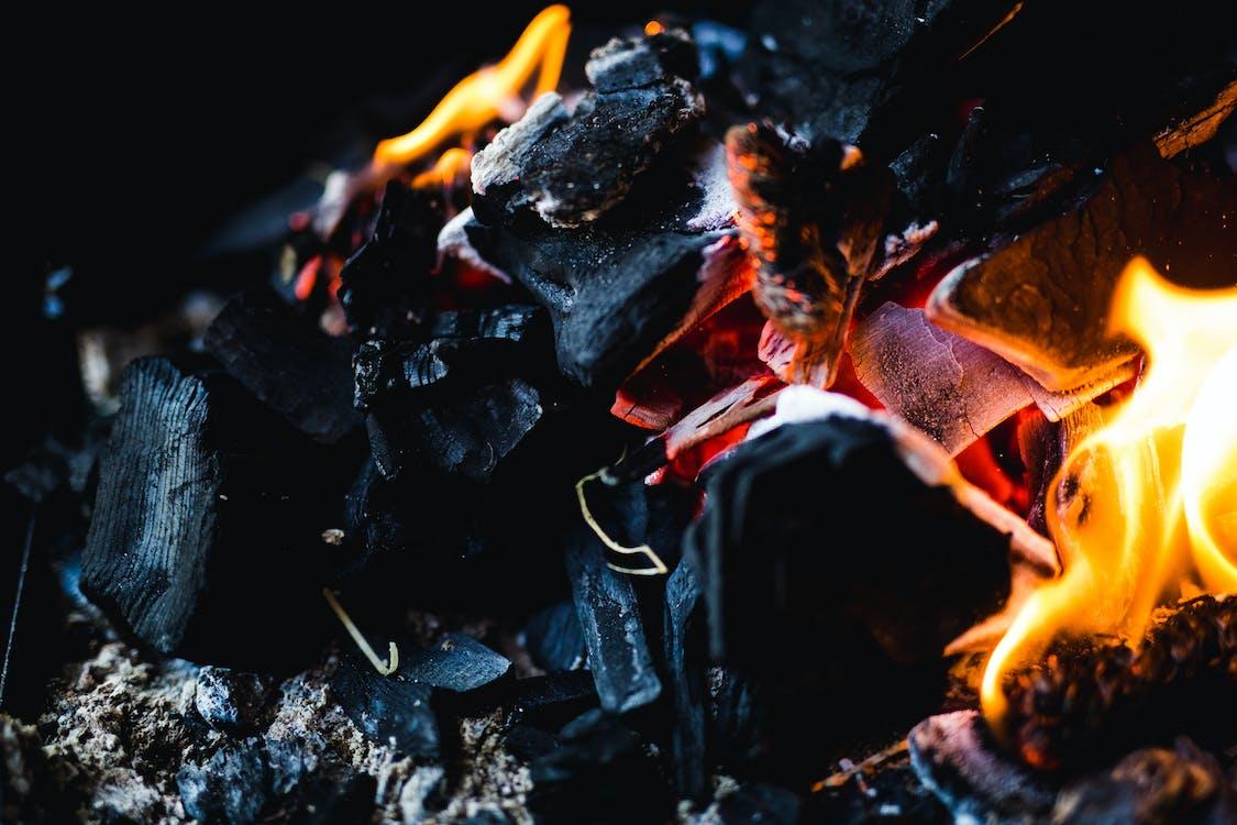 beau, brûlé, brûler