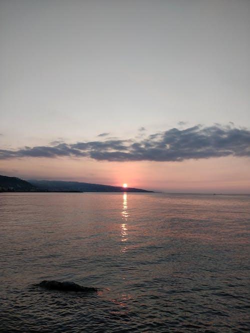 Gratis arkivbilde med himmel, natur, sjø, sol
