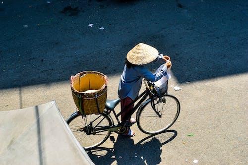 Free stock photo of bicycle, ray of sunshine, streelife