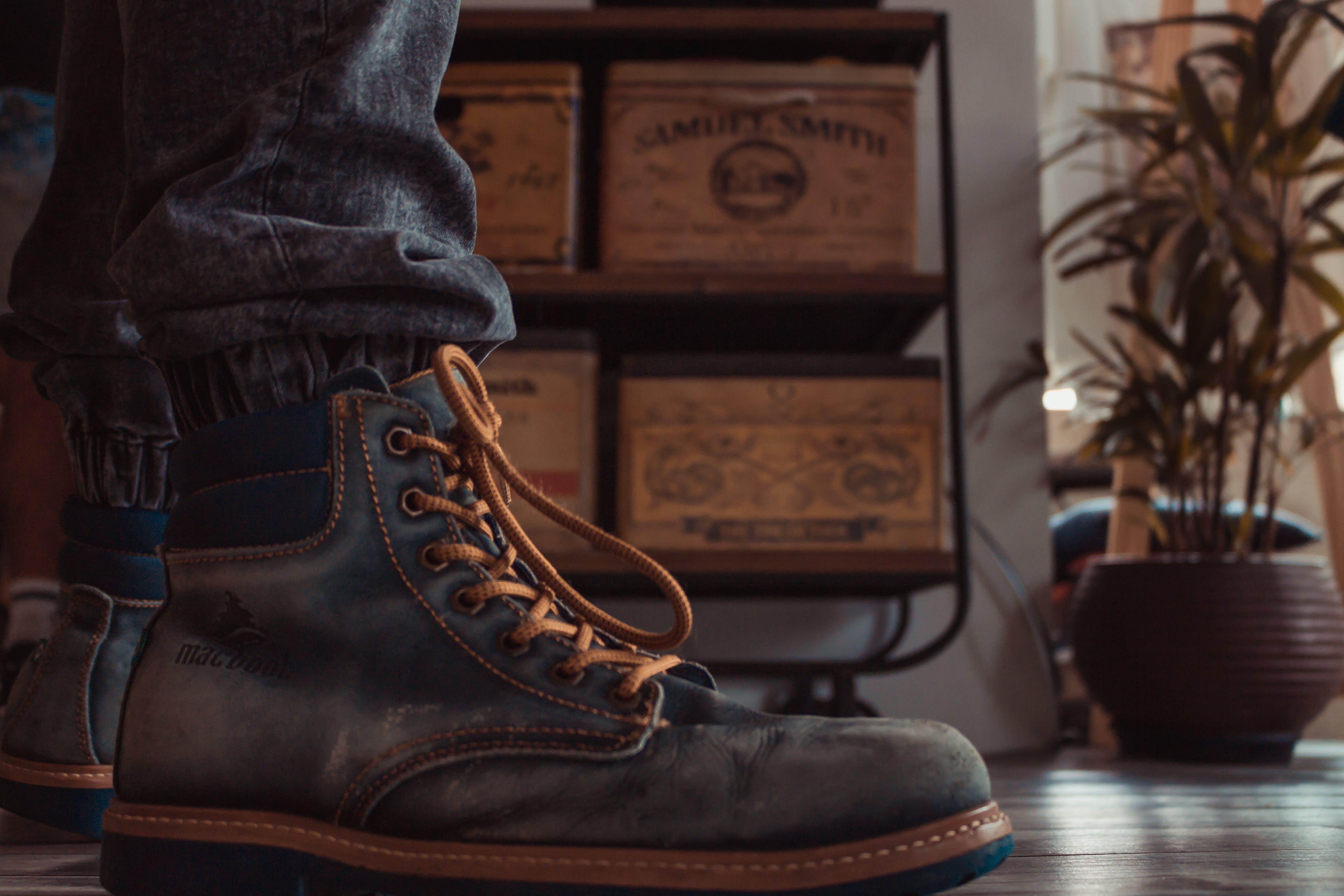Základová fotografie zdarma na téma boty, holinky, kůže, ležérní