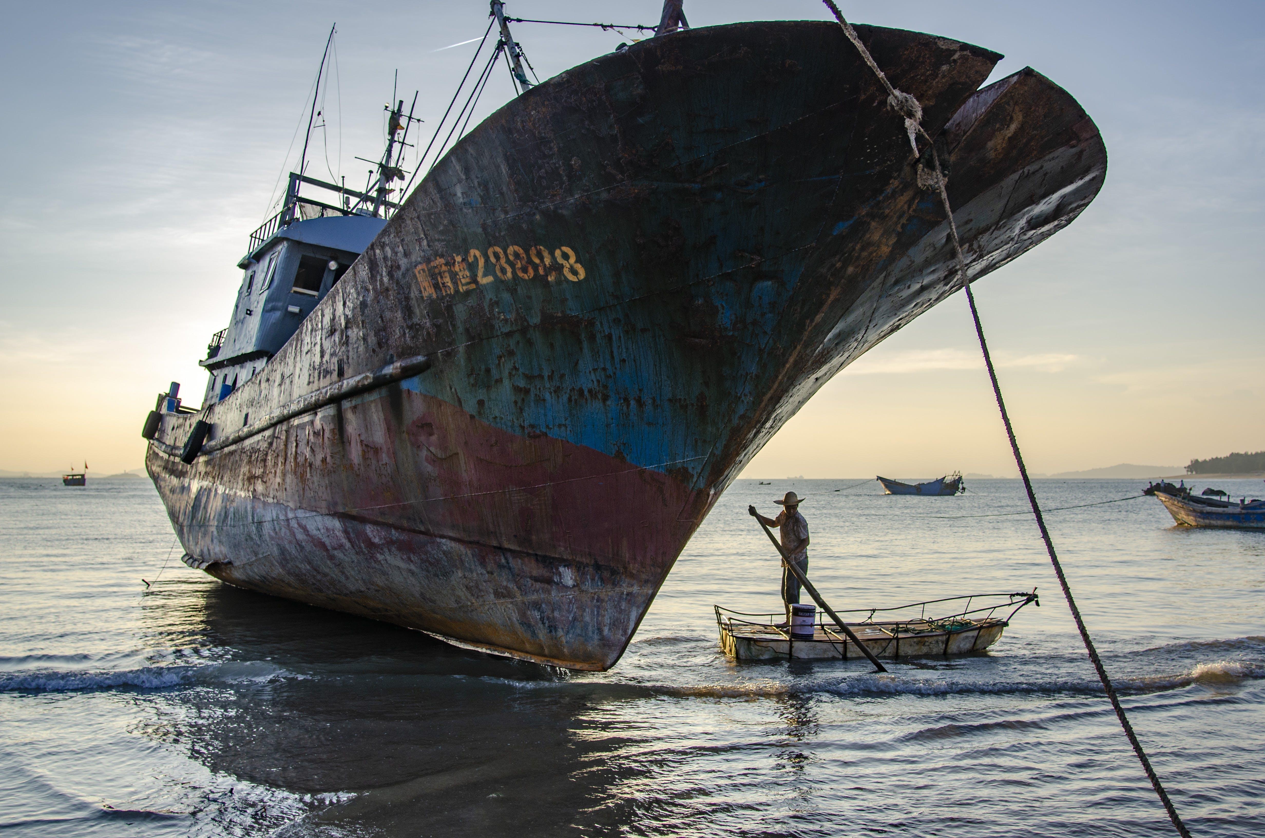 Ingyenes stockfotó csónakok, hajó, halászhajó, jármű témában