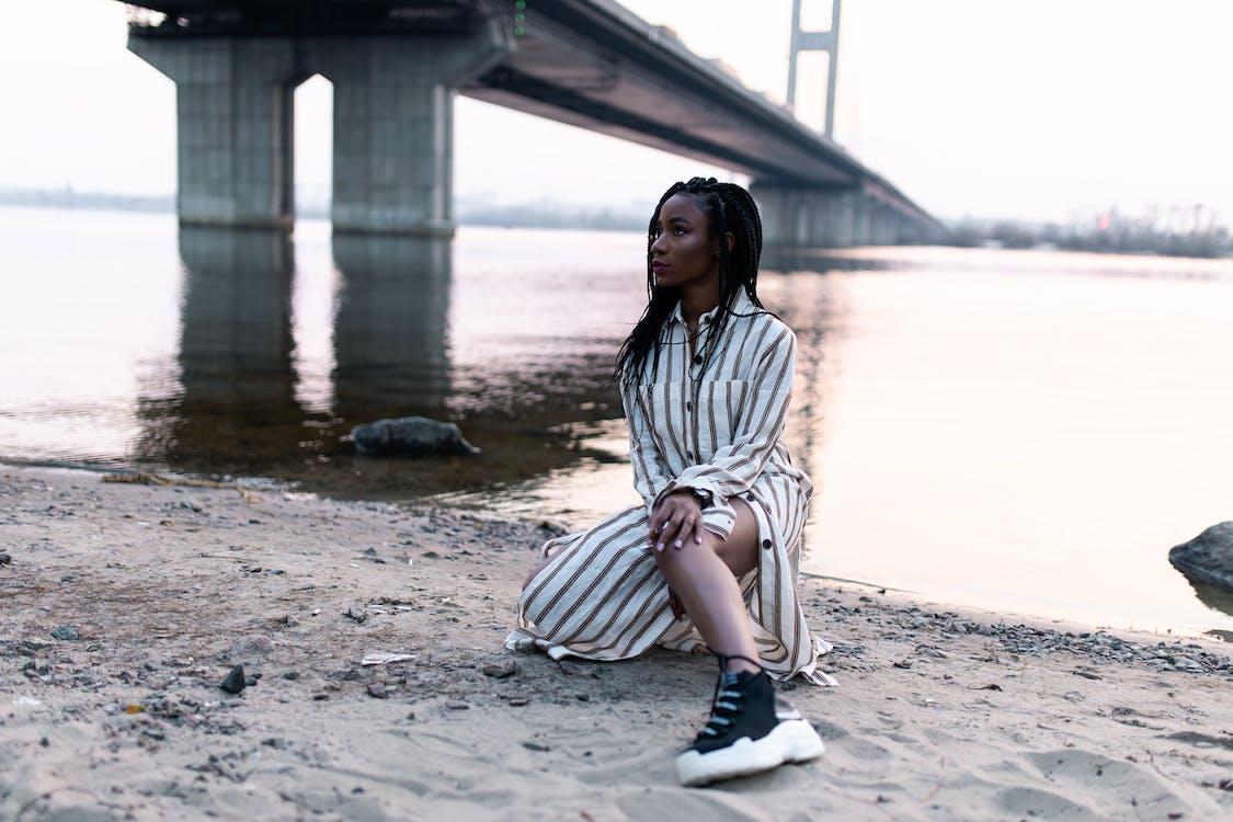 Základová fotografie zdarma na téma černá holka, černoška, cestování