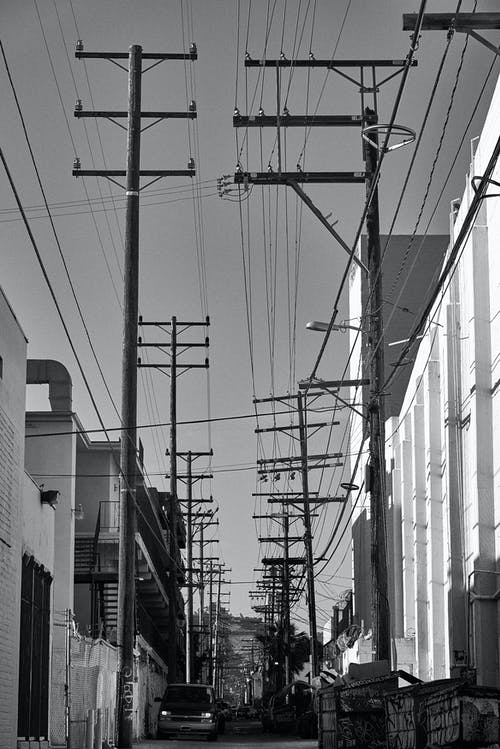 Foto stok gratis bangunan, gang, hitam dan putih, jalan