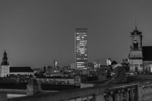 Foto stok gratis abu, balok, bangunan, bayangan